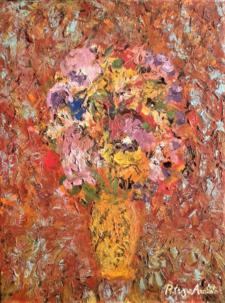 Vaso con fiori colorati